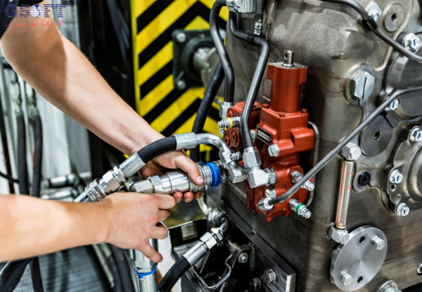 Doanh nghiệp tiến hành bảo quản máy ép mía để sử dụng sau